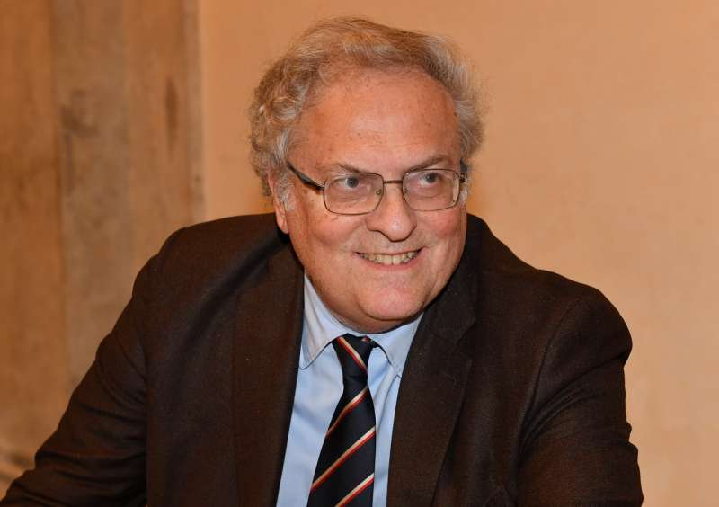 Stefano Folli Lector in fabula Conversano Festival